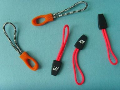colourful fashion design logo rubber zip puller